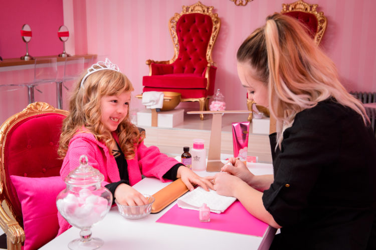 Birthday Parties for Girls at Cotton Candy Spa